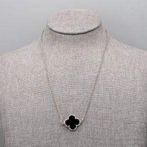 Collier 1 Fleur Onyx Argent Massif 2